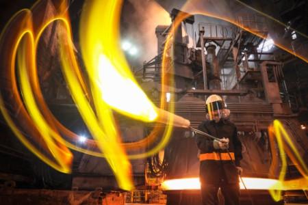 Vervuild industrieel staal krijgt een tweede kans als hoogwaardige grondstof. Dat verlaagt de druk op het milieu én levert financiële winst op.