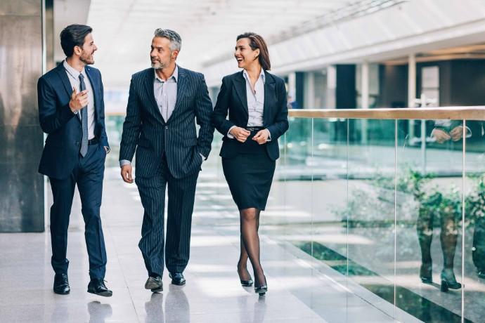 Innleide har samme rett til resultatbasert bonus som fast ansatte
