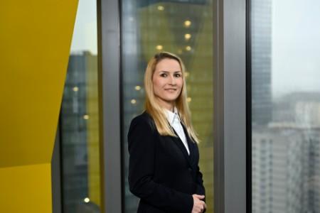 EY - Ewa Mochocka