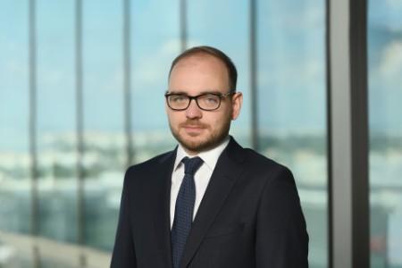 EY - Piotr Podsiadlo