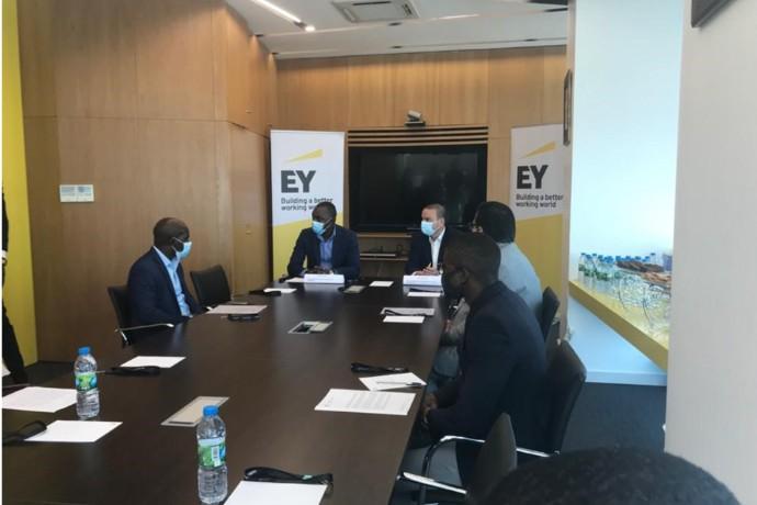 """Protocolo de cooperação """"EY Ripples"""" entre Conselho Nacional de Juventude e EY Angola"""