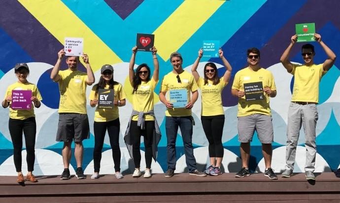 Nona edição do EY Connect Day reuniu 315 voluntários em todo o Brasil