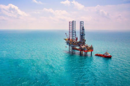 EY oil & gas drilling industry in the sea
