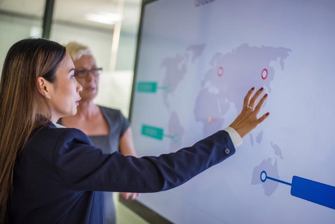 Liderii de business privesc dincolo de criză și configurează noi planuri de fuziuni și achiziții