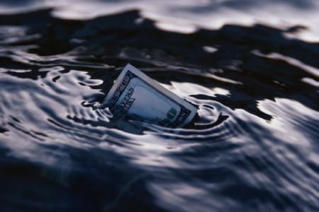 Denar v vrtincu