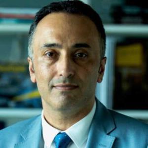 Dr. Hakkı Demirci profil fotoğrafı.