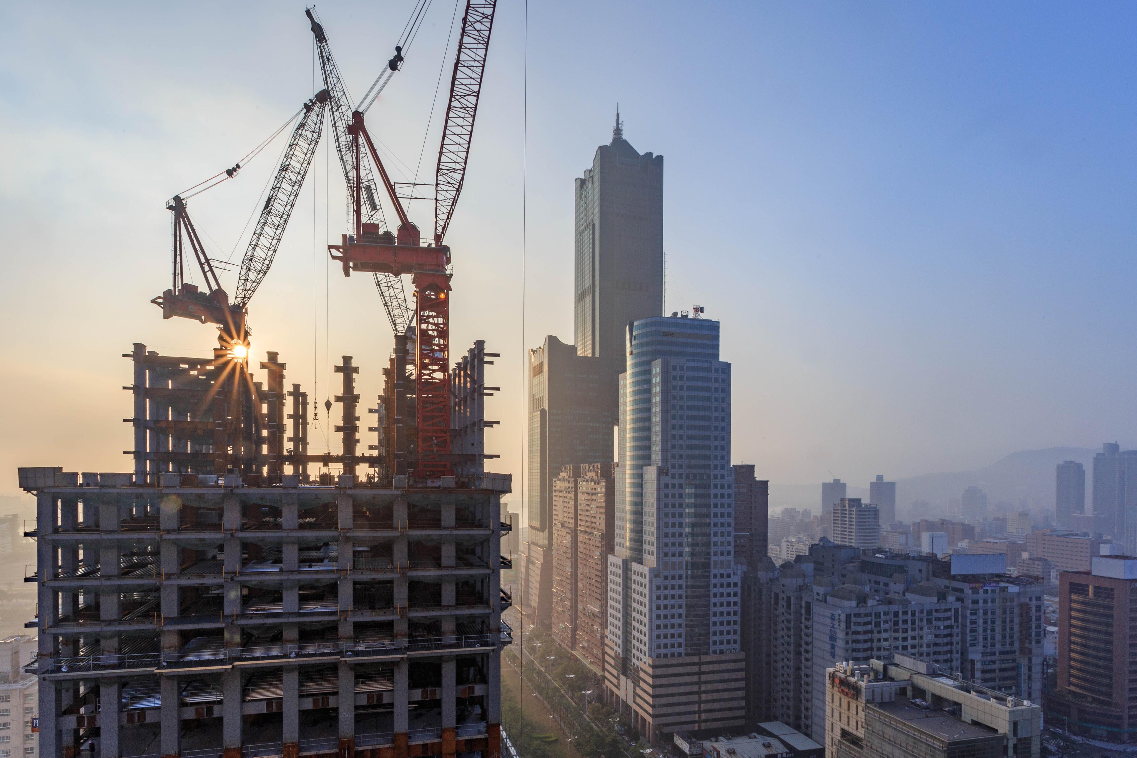 ey_virag_no_ki_a_betonbol